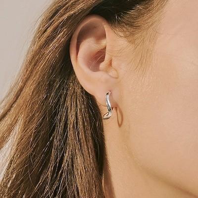 Shinmina Weki Meki 着用 curve one touch earring