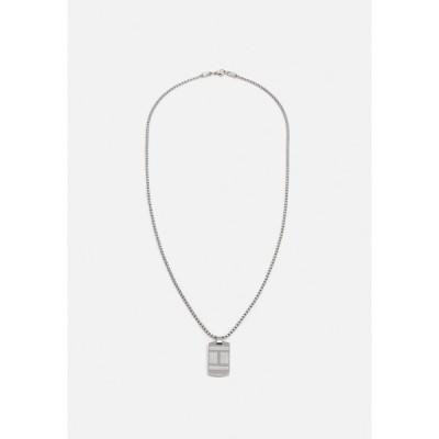 トミー ヒルフィガー ネックレス・チョーカー メンズ アクセサリー TEXTURE FLAG DOG TAG - Necklace - silver-coloured