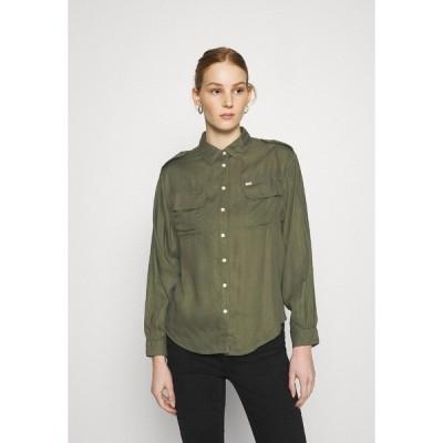 リー シャツ レディース トップス UTILITY  - Button-down blouse - olive green