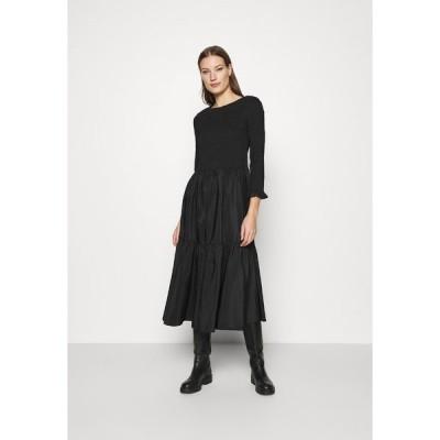 キャリン ウェスター ワンピース レディース トップス DRESS FRANCE - Day dress - black