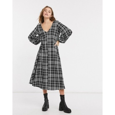 エイソス レディース ワンピース トップス ASOS DESIGN textured midi v neck swing dress in black and white plaid