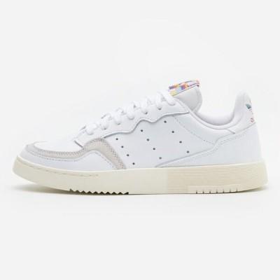アディダス メンズ 靴 シューズ SUPER COURT SPORTS INSPIRED SHOES - Trainers - footwear white/offwhite