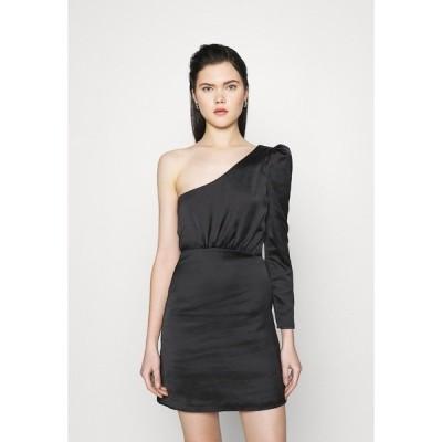 ヌー イン ワンピース レディース トップス ONE SHOULDER FIT AND FLARE MINI DRESS - Day dress - black