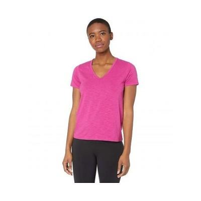 tasc Performance タスクパフォーマンス レディース 女性用 ファッション Tシャツ St. Charles V-Neck Short Sleeve Tee - Fuchsia
