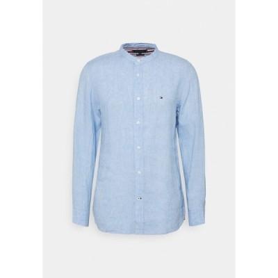 トミー ヒルフィガー シャツ メンズ トップス Shirt - calm blue