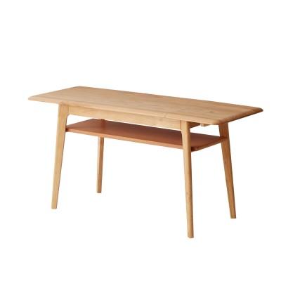 丸みが暖かいソファー前にちょうどいい伸長式リビングテーブル