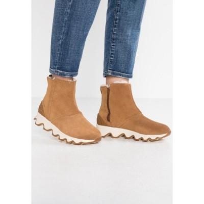 ソレル ブーツ&レインブーツ レディース シューズ KINETIC SHORT - Winter boots - camel brown/natural