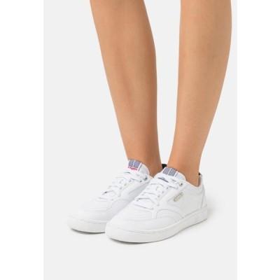 ケースイス レディース 靴 シューズ AMBASSADOR ELITE - Trainers - white/corporate