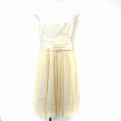 【中古】ストロベリーフィールズ STRAWBERRY-FIELDS ドレス ベアトップ 膝丈 チュール フレア ベルト ホワイト