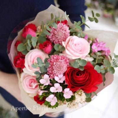 生花花束 おまかせSサイズ☆花 ギフト 開店祝 誕生日 送別 歓送迎会 送別 卒業 結婚 お祝い 記念日 プレゼント 母の日 父の日 敬老の日