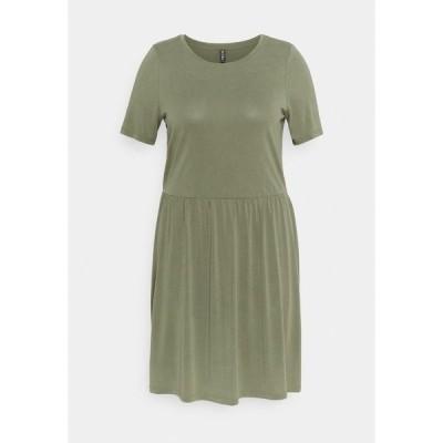 ピーシーズ カーブ ワンピース レディース トップス PCKAMALA DRESS - Jersey dress - deep lichen green