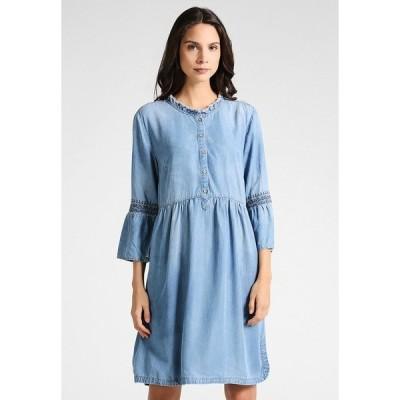 クリーム ワンピース レディース トップス LUSSA DRESS - Denim dress - light blue denim