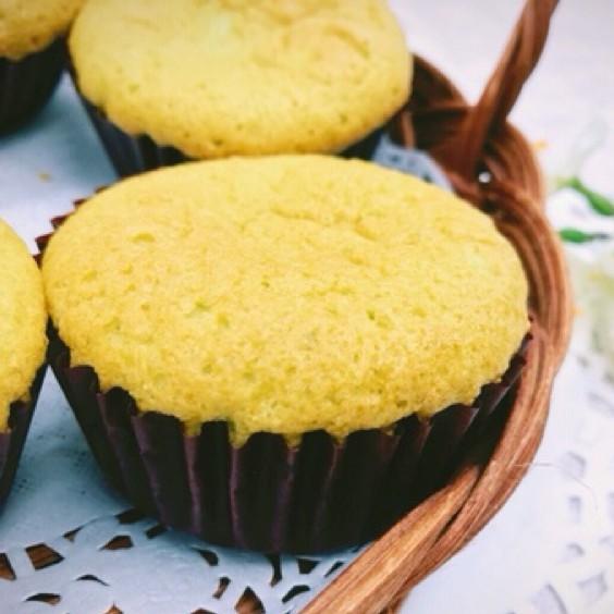 黃正宜生酮餐 7卡抹茶杯子蛋糕