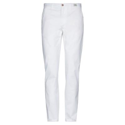 YOOX - トミーヒルフィガー TOMMY HILFIGER パンツ ホワイト 30W-34L 有機コットン 97% / ポリウレタン 3% パンツ