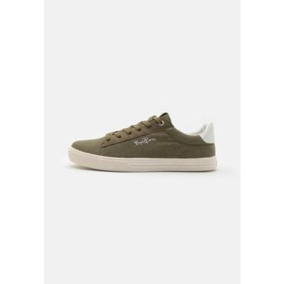 ビヨンボルグ メンズ 靴 シューズ V100 - Trainers - olive