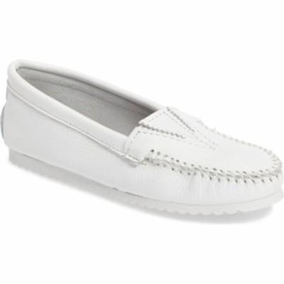 ミネトンカ MINNETONKA レディース ローファー・オックスフォード モカシン シューズ・靴 Moccasin White
