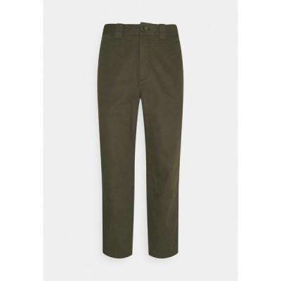 アーケット カジュアルパンツ メンズ ボトムス CROPPED RELAXED - Trousers - khaki green