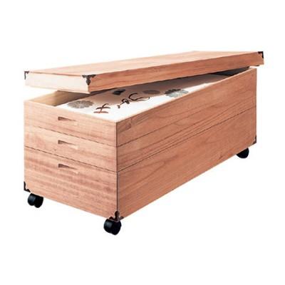 【大型商品送料無料】【日本製】たとう紙が入るキャスター付き桐衣装箱(奥行42cm)
