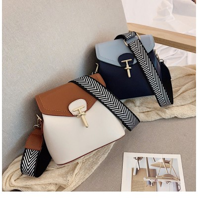【INSスタイル】レディース可愛い 本革 バッグ 上品 シンプル お出かけショルダーバッグ 通勤 通学 おしゃれ バッグ