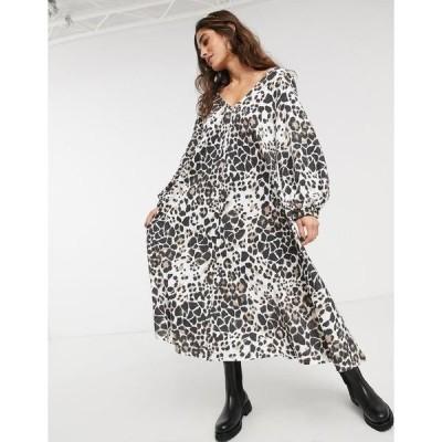 エイソス レディース ワンピース トップス ASOS DESIGN textured midi V neck swing dress in animal print Animal print