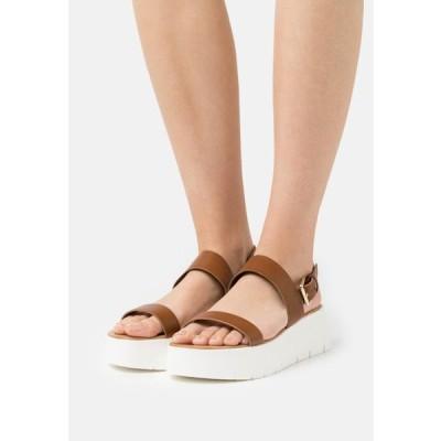 アルド レディース サンダル WIWIEL - Platform sandals - cognac