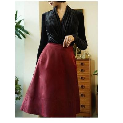 スカート サテンナロースカート サテン ワインレッド ブラック 光沢 上品 艶やか 華やか 膝丈 ファスナー Aライン フレア シンプル おしゃれ 大人 通勤