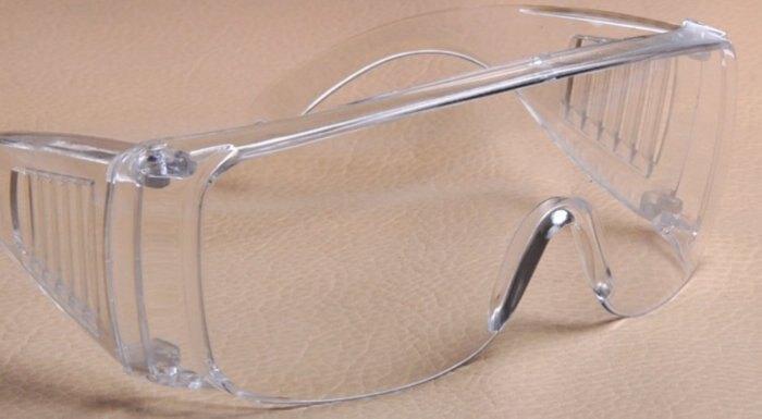 台灣製防風鏡 工業用 護目鏡 實驗護目鏡 割草防護鏡 檔灰塵 防風沙 工業用眼鏡 工作眼鏡  購買此商品眼鏡布可以加購價優惠只要1元