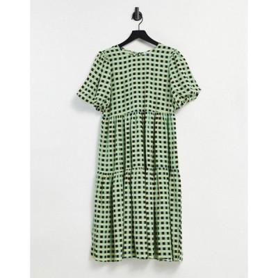 グラマラス レディース ワンピース トップス Glamorous midi smock dress with tiered skirt in check