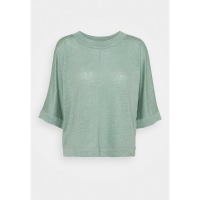 クラブ モナコ Tシャツ レディース トップス BOXY TEE - Print T-shirt - green bay