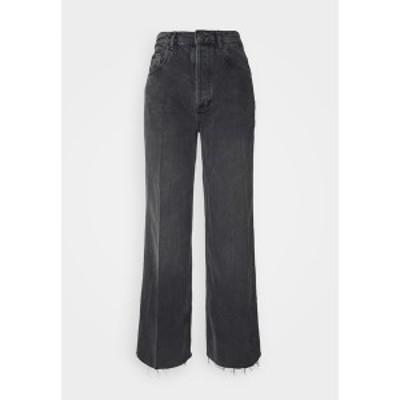 ボーイッシュ レディース デニムパンツ ボトムス CHARLEY - Flared Jeans - space odyssee space odyssee
