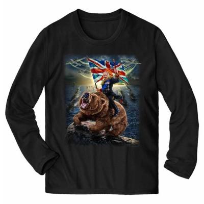 【クマ にまたがる ウィンストン チャーチル】メンズ 長袖 Tシャツ by Fox Republic