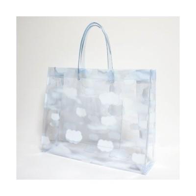 (メール便不可) (おしゃれ) (かわいい) (透明バッグ) サニーデー ビニールバッグ Mサイズ 雲柄 透明(日本製) ※本製品はメール便では送れません。