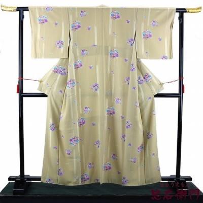 【中古】 小紋 中古 正絹 小紋着物 裄66 リサイクル 袷 仕立て上がり ベージュ 梅 笹 雪輪 桜 菊 橘 紅葉