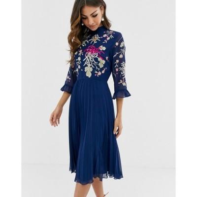 エイソス レディース ワンピース トップス ASOS DESIGN embroidered pleated midi dress with fluted sleeve in navy