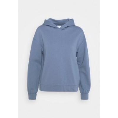 ヴィラ プティ レディース パーカー・スウェットシャツ アウター VIRUST HOODIE - Sweatshirt - colony blue colony blue