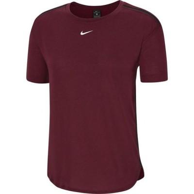 ナイキ Tシャツ レディース トップス Adapt T Shirt Ladies