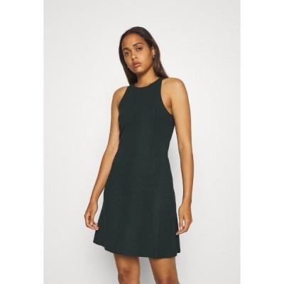 オブジェクト ワンピース レディース トップス OBJCELIA SHORT DRESS - Day dress - scarab