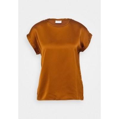 ヴィラ レディース シャツ トップス VIELLETTE - Basic T-shirt - adobe adobe