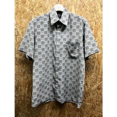 CRANE FEATHER - M メンズ 薄手 シャツ チェック柄 胸ポケット 硬めの生地感 ボックスカット 半袖 ポリエステル100% グレー系