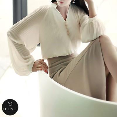 「DINT」 ★送料無料★B1910 ラグジュアリーオフィスルック 働く女子のお洒落なオフィススタイル提案!!ゴールドボタンVネクリンクルブラウス