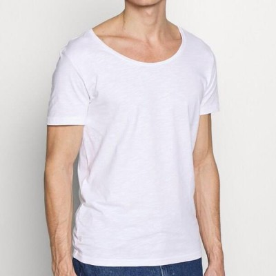 ピアワン メンズ ファッション Basic T-shirt - bright white