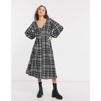 エイソス レディース ワンピース トップス ASOS DESIGN textured midi v neck swing dress in black and white plaid Mono