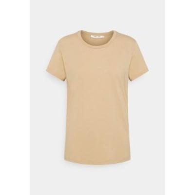サムスサムス レディース Tシャツ トップス SOLLY TEE SOLID - Basic T-shirt - humus humus