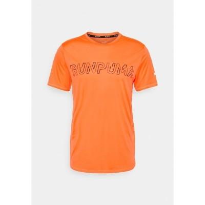プーマ シャツ メンズ トップス RUN LOGO TEE - Print T-shirt - lava blast