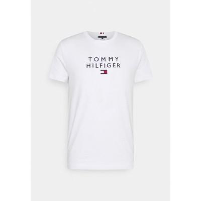 トミー ヒルフィガー Tシャツ メンズ トップス STACKED FLAG TEE - Print T-shirt - white