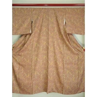 ko-039 小紋「背の低い方向け花鳥文様 上質の膨れ織り正絹使用」着丈約147cm(肩より)、裄丈約61.5cm、袖丈約49cm、前幅約21.5cm、後幅約27.5cm