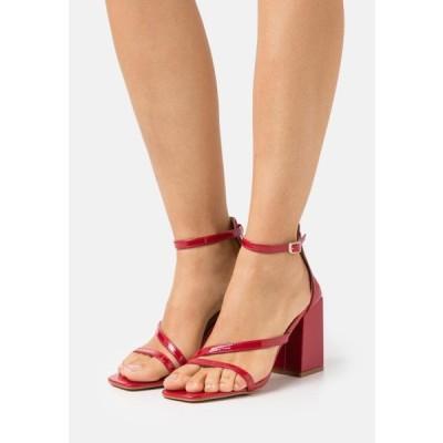 レディース 靴 シューズ BETHANY - Sandals - red