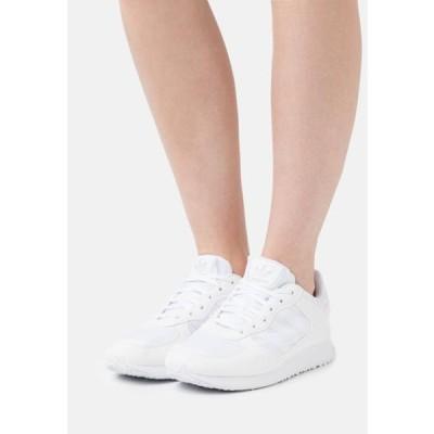 アディダス レディース 靴 シューズ SPECIAL 21 W - Trainers - footwear white
