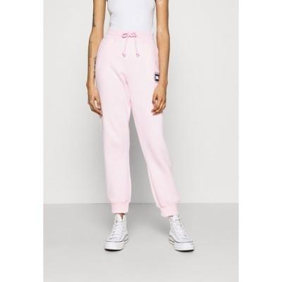 トミーヒルフィガー カジュアルパンツ レディース ボトムス BOX FLAG PANT - Tracksuit bottoms - pink