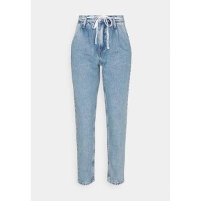 カルバンクライン レディース デニムパンツ ボトムス MOM  - Relaxed fit jeans - denim light denim light
